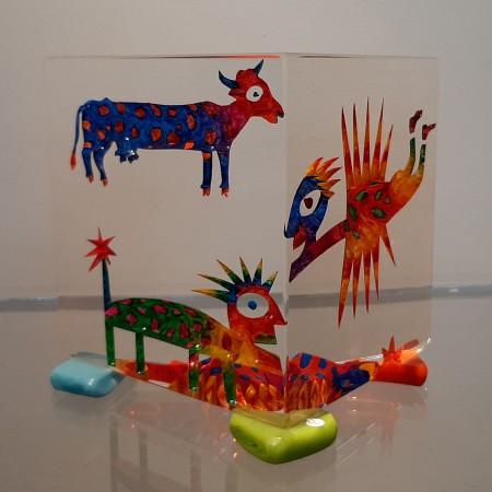 Imaginaire IV vue du premier côté de la sculpture en verre contemporain unique par l'artiste verrier