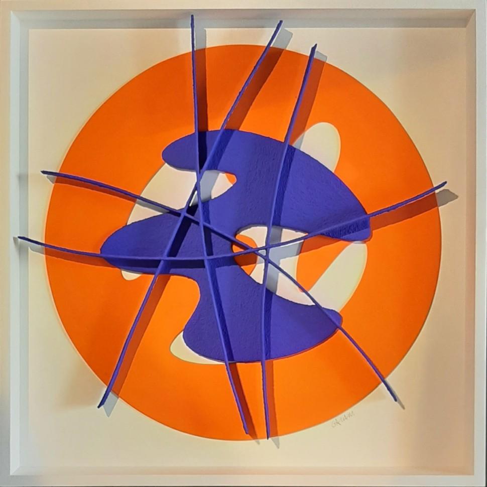 Tableau abstrait mix-media aux aplats et lignes géométriques en relief avec collages orange et bleu